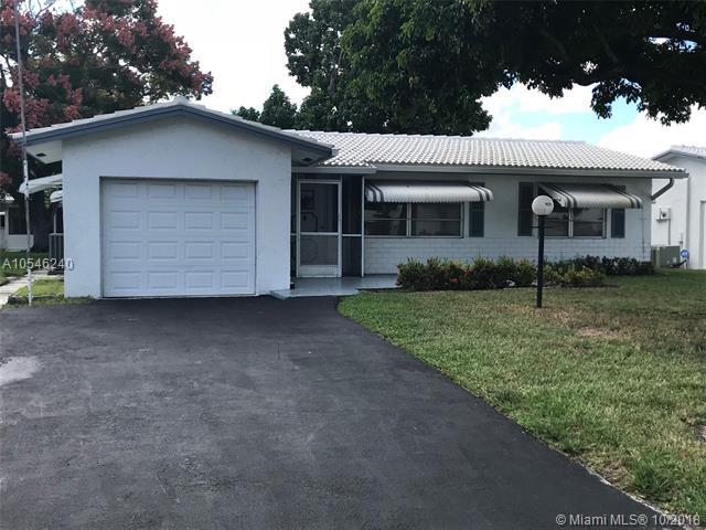 1621 NW 85th Ave, Plantation, FL 33322 (MLS #A10546240) :: Laurie Finkelstein Reader Team