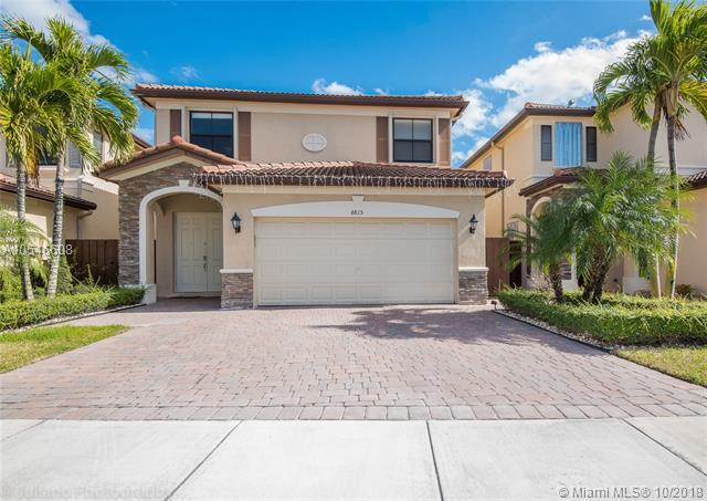 8815 NW 115th Ct, Doral, FL 33178 (MLS #A10546608) :: Green Realty Properties