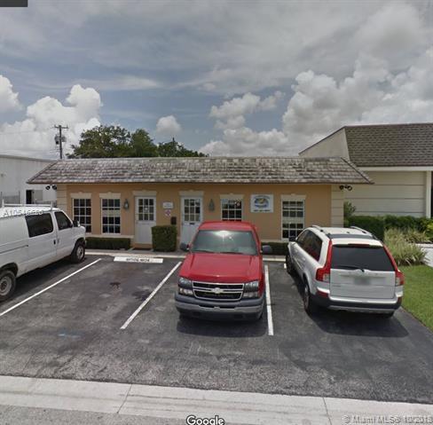 240 Juno St, Jupiter, FL 33458 (MLS #A10546626) :: The Riley Smith Group