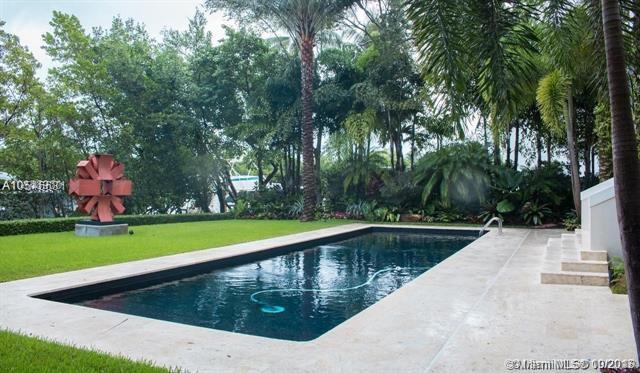 144 Isla Dorada Blv, Coral Gables, FL 33143 (MLS #A10546631) :: The Adrian Foley Group
