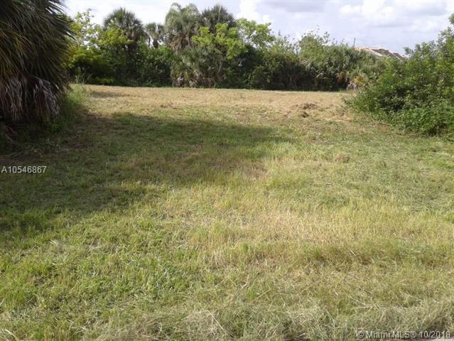 12124 Rhonda Lane, Other City - In The State Of Florida, FL 34287 (MLS #A10546867) :: Green Realty Properties