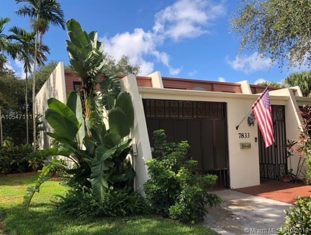7833 SW 102 Pl, Miami, FL 33173 (MLS #A10547111) :: Green Realty Properties