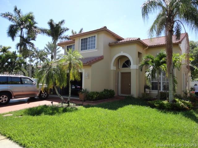 18310 NW 10th St, Pembroke Pines, FL 33029 (MLS #A10547240) :: Green Realty Properties