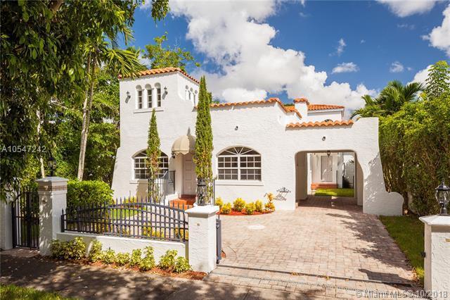 1253 Alhambra Cir, Coral Gables, FL 33134 (MLS #A10547242) :: Carole Smith Real Estate Team