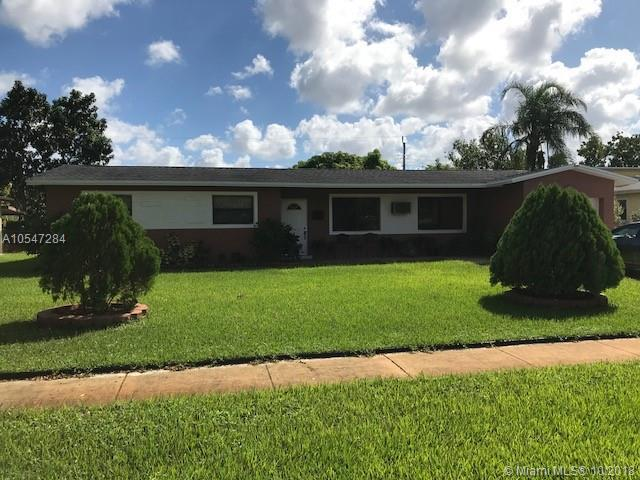 4778 NW 5th Ct, Plantation, FL 33317 (MLS #A10547284) :: The Riley Smith Group