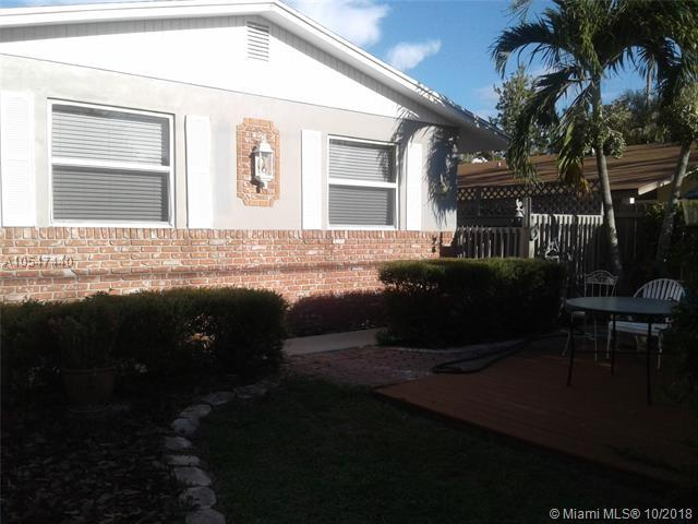 707 Pinegrove Ave, Jupiter, FL 33458 (MLS #A10547440) :: The Riley Smith Group