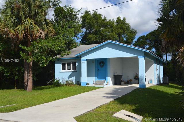 2987 SE Iris Street, Stuart, FL 34997 (MLS #A10547452) :: Green Realty Properties