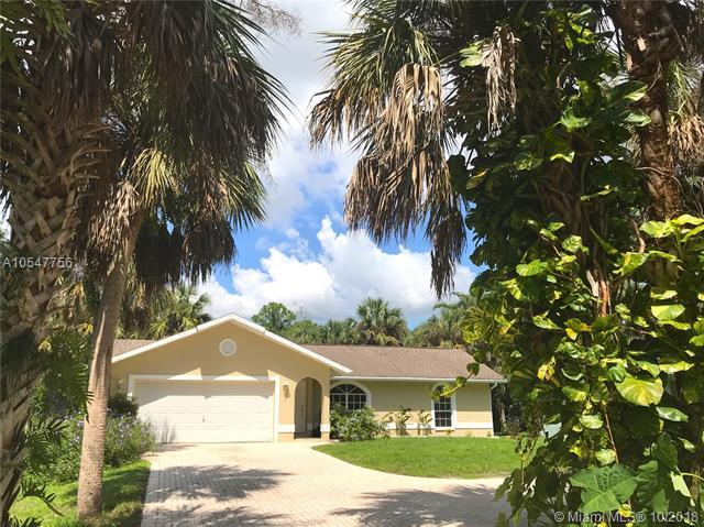 663 12 Ave Nw, Other City - In The State Of Florida, FL 34120 (MLS #A10547756) :: Green Realty Properties