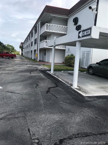 1040 SE 4TH AVE #224, Deerfield Beach, FL 33441 (MLS #A10548121) :: The Teri Arbogast Team at Keller Williams Partners SW
