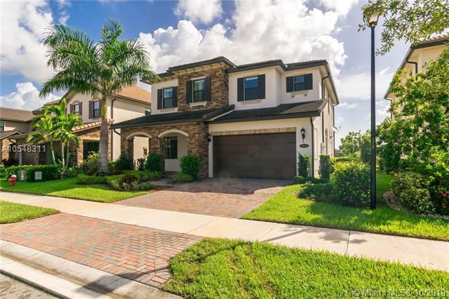 8870 W Watercrest Cir W, Parkland, FL 33076 (MLS #A10548311) :: Green Realty Properties