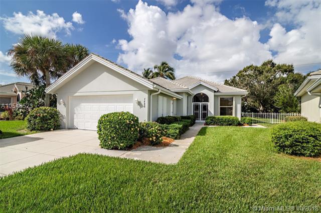 7488 SE Waxberry Cir, Hobe Sound, FL 33455 (MLS #A10548523) :: Green Realty Properties