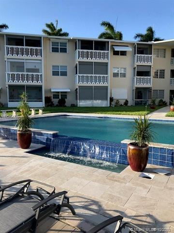700 Pine Dr #206, Pompano Beach, FL 33060 (MLS #A10549008) :: Green Realty Properties