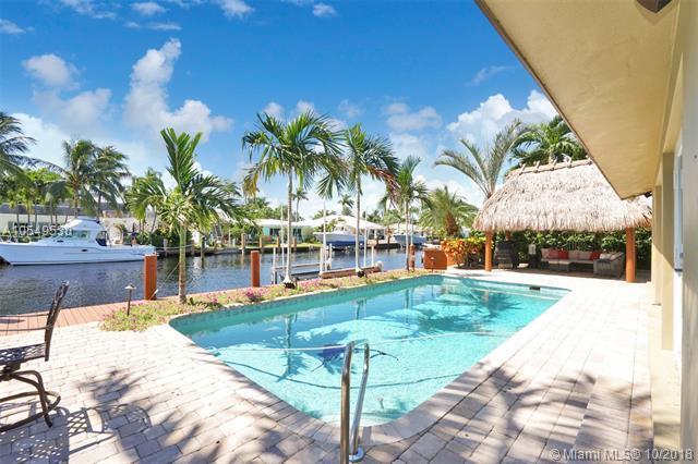 2662 NE 4th St, Pompano Beach, FL 33062 (MLS #A10549530) :: Green Realty Properties