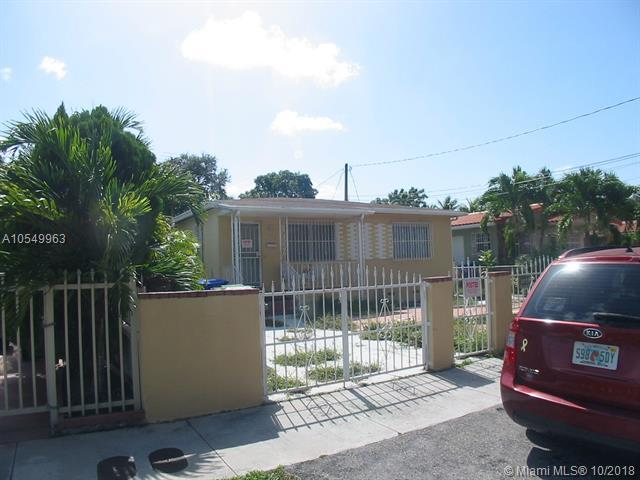 1037 NW 33rd Ave, Miami, FL 33125 (MLS #A10549963) :: Grove Properties