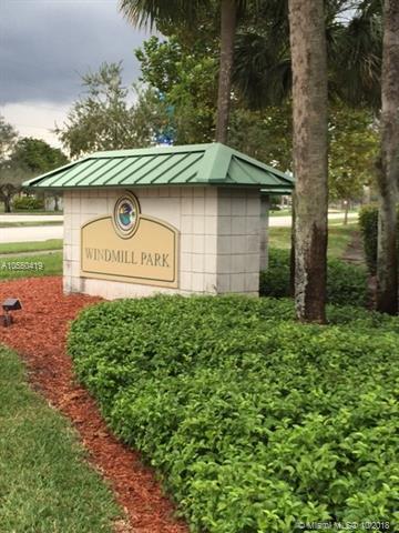 811 Lyons Rd #20105, Coconut Creek, FL 33063 (MLS #A10550419) :: Green Realty Properties