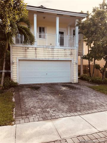 3390 NE 3rd Dr, Homestead, FL 33033 (MLS #A10551184) :: Prestige Realty Group