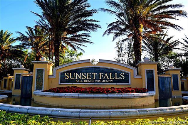 17784 SW 47 St, Miramar, FL 33029 (MLS #A10551202) :: Green Realty Properties