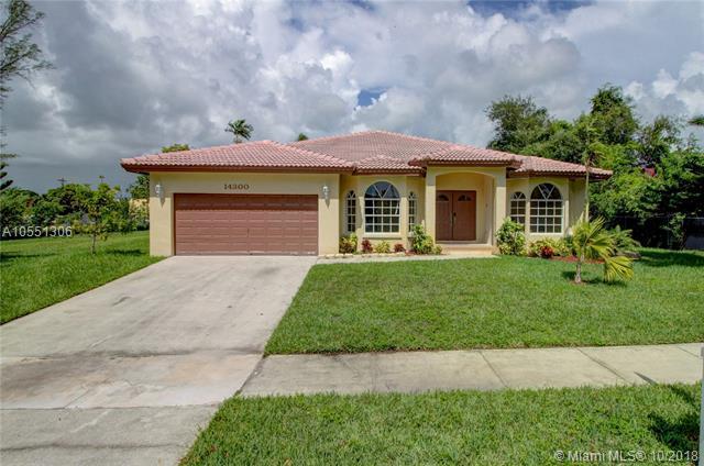 14300 NE 4th Ave, North Miami, FL 33161 (MLS #A10551306) :: The Jack Coden Group