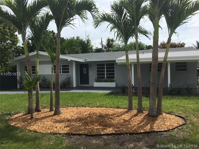 9370 SW 181 Ter, Palmetto Bay, FL 33157 (MLS #A10551973) :: Carole Smith Real Estate Team