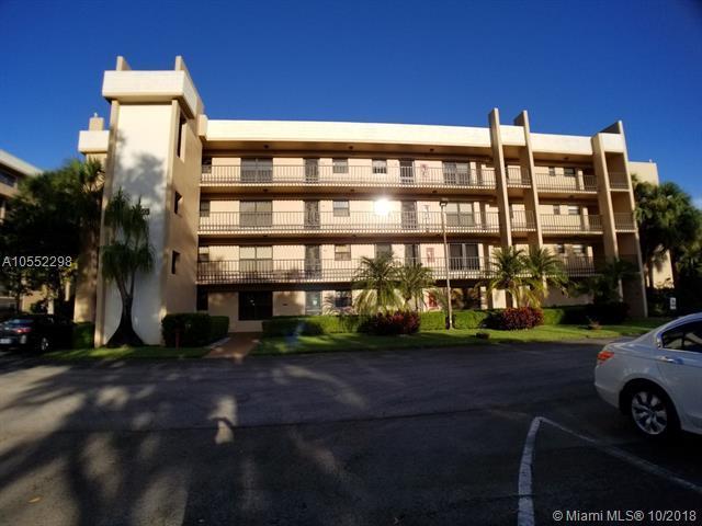 4820 W Lucerne Lakes Blvd W #107, Lake Worth, FL 33467 (MLS #A10552298) :: Prestige Realty Group