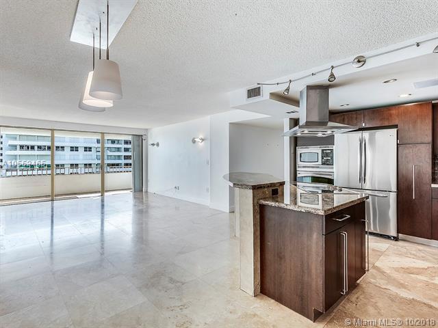 177 Ocean Lane Dr #713, Key Biscayne, FL 33149 (MLS #A10552465) :: Carole Smith Real Estate Team