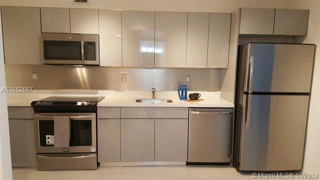 100 Lincoln Road #424, Miami Beach, FL 33139 (MLS #A10552667) :: Keller Williams Elite Properties