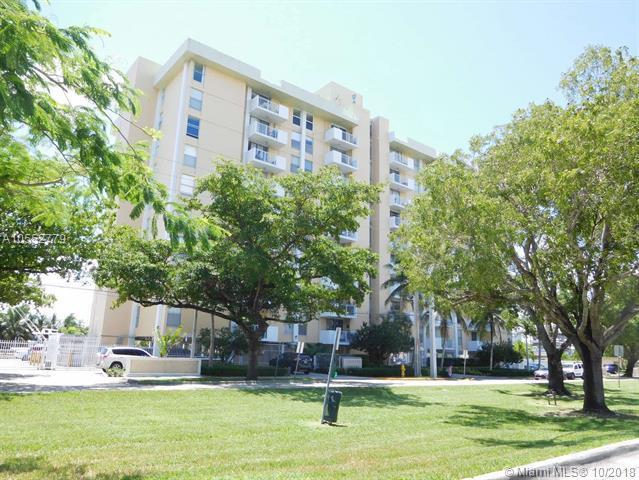 2020 NE 135th St #701, North Miami, FL 33181 (MLS #A10552779) :: The Jack Coden Group
