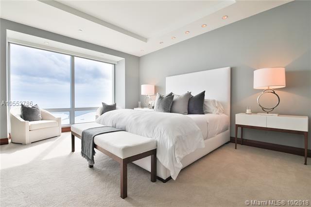 1425 Brickell Ave Ph3e, Miami, FL 33131 (MLS #A10552786) :: Carole Smith Real Estate Team