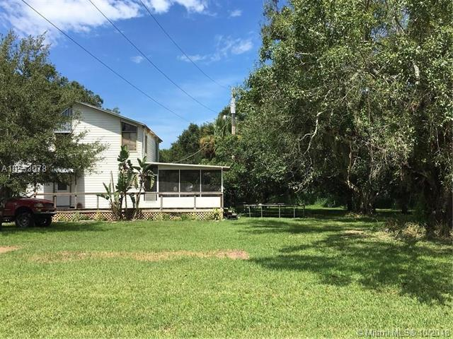 2570 S Rock S Rd, Fort Pierce, FL 34951 (MLS #A10553078) :: Green Realty Properties