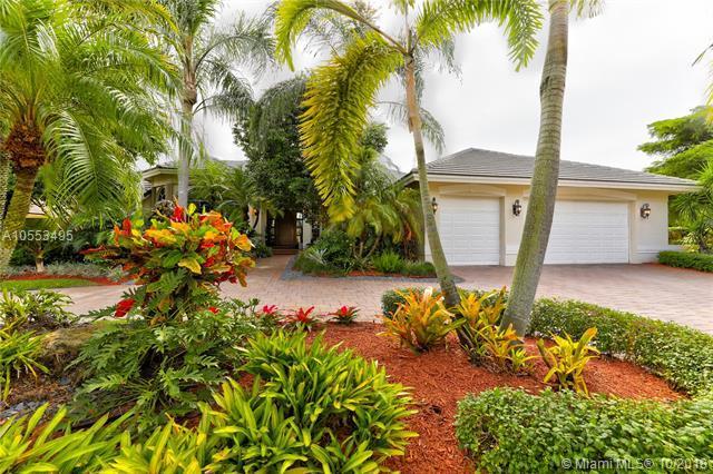 162 Dockside Cir, Weston, FL 33327 (MLS #A10553495) :: Green Realty Properties