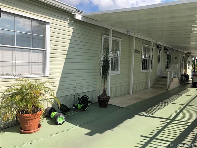 12802 SW 12 Terr, Miami, FL 33184 (MLS #A10553506) :: Green Realty Properties