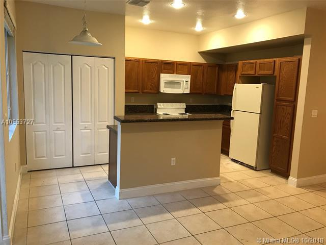 21425 NW 13th Ct #313, Miami Gardens, FL 33169 (MLS #A10553727) :: Green Realty Properties