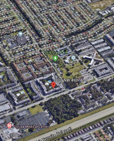 2600 NW 49th Ave #304, Lauderdale Lakes, FL 33313 (MLS #A10554050) :: Green Realty Properties