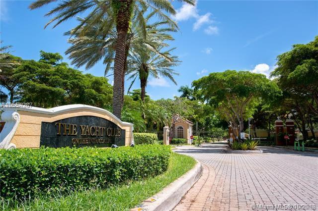 180 Yacht Club Way #203, Hypoluxo, FL 33462 (MLS #A10554287) :: Prestige Realty Group