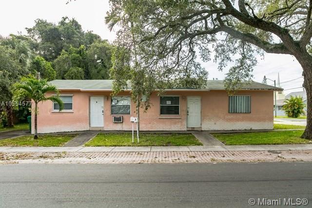 6 Northwest 7 Ave #1-2, Dania Beach, FL 33004 (MLS #A10554577) :: Green Realty Properties