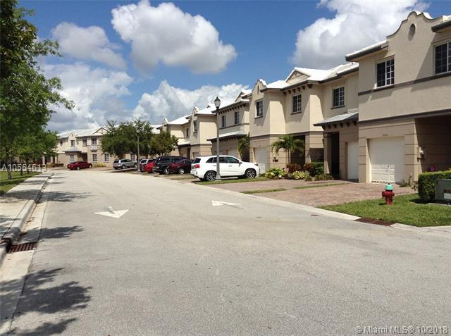 1103 Lucaya Dr #1103, Riviera Beach, FL 33404 (MLS #A10554613) :: The Riley Smith Group