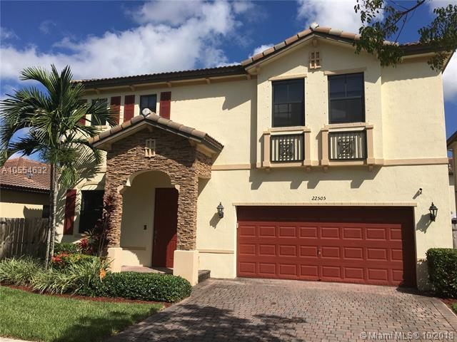 22505 SW 105th Ct, Cutler Bay, FL 33190 (MLS #A10554632) :: Carole Smith Real Estate Team