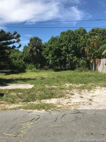 311 SE 3rd St, Delray Beach, FL 33483 (MLS #A10554917) :: Green Realty Properties