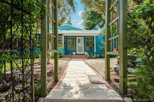 650 NE 73rd St, Miami, FL 33138 (MLS #A10555161) :: The Jack Coden Group