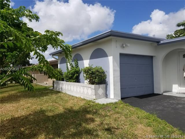 9151 NW 25th Ct, Sunrise, FL 33322 (MLS #A10555438) :: Green Realty Properties