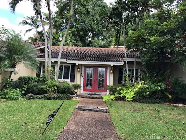 6821 E Tropical Way, Plantation, FL 33317 (MLS #A10555539) :: Laurie Finkelstein Reader Team