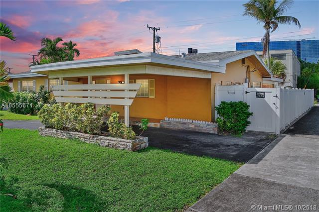 3912 N Cir Dr, Hollywood, FL 33021 (MLS #A10555671) :: Green Realty Properties