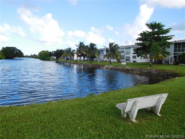 101 NW 204th St A-20, Miami Gardens, FL 33169 (MLS #A10555713) :: Green Realty Properties