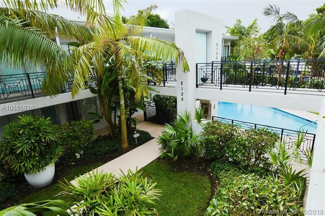 2135 Washington Ct Th 3W, Miami Beach, FL 33139 (MLS #A10555826) :: Hergenrother Realty Group Miami