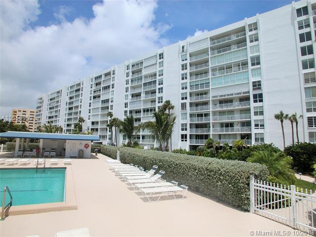 605 Ocean Dr 10M, Key Biscayne, FL 33149 (MLS #A10555959) :: The Riley Smith Group