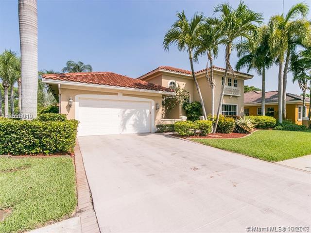 520 W Cypress Pointe Dr, Pembroke Pines, FL 33027 (MLS #A10556019) :: Green Realty Properties