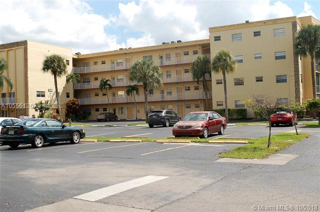 3940 NW 42nd Ave #221, Lauderdale Lakes, FL 33319 (MLS #A10556120) :: Prestige Realty Group