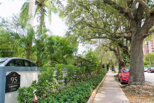 95 Edgewater Dr #207, Coral Gables, FL 33133 (MLS #A10556122) :: Hergenrother Realty Group Miami