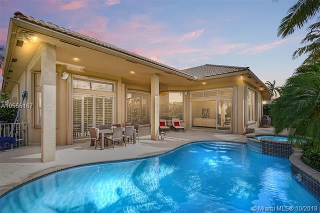660 Cardinal St, Plantation, FL 33324 (MLS #A10556167) :: Green Realty Properties