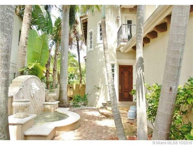 6045 La Gorce Dr, Miami Beach, FL 33140 (MLS #A10556426) :: Miami Lifestyle